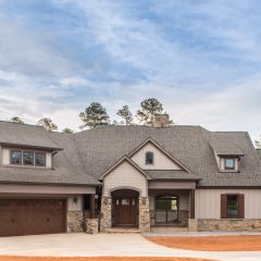 Spacious Living on the Golf Course